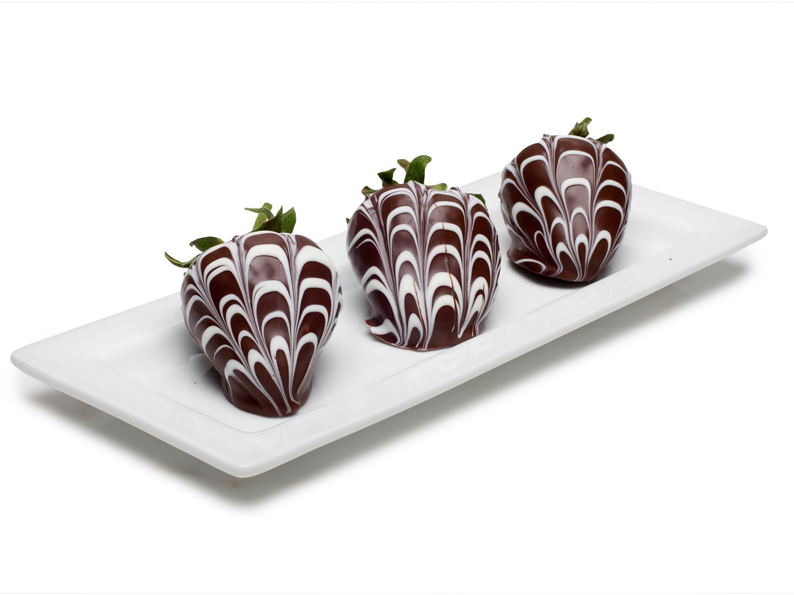 Chocolate Strawberries, Marbled Dark and White, 9 pc.