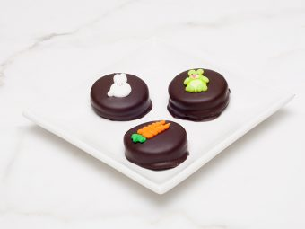 Double Stuf Oreo Easter cookies